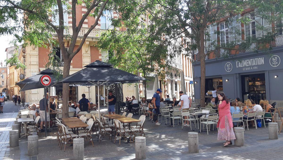 A Toulouse, des riverains en colère vendent la place de la Bourse sur le Bon Coin