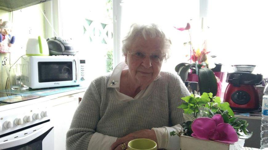 Roseline Hamel, sœur du père Jacques Hamel assassiné en juillet 2016, nous a reçu chez elle à Armentières.