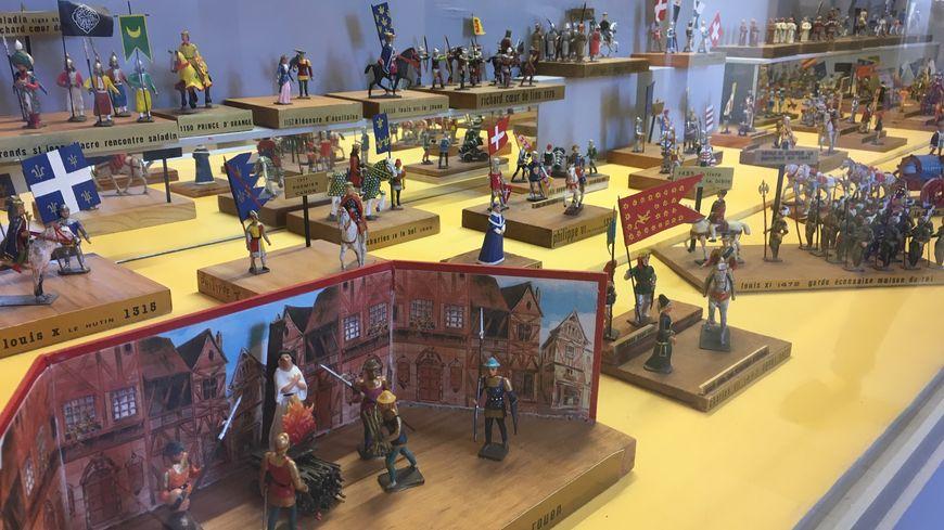33 000 figurines peuvent être admirées à Tulette.
