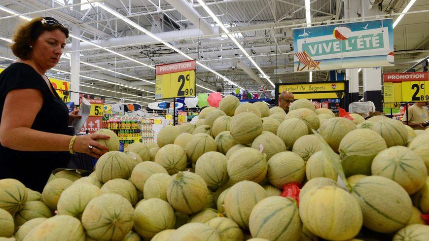 Le melon coûte deux fois moins cher en cette fin juillet qu'en août de l'an dernier, les producteurs sont inquiets.
