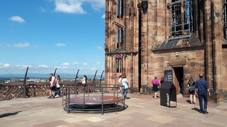 En travaux depuis janvier, la plateforme de la cathédrale de Strasbourg a rouvert ce lundi 29 juillet 2019.