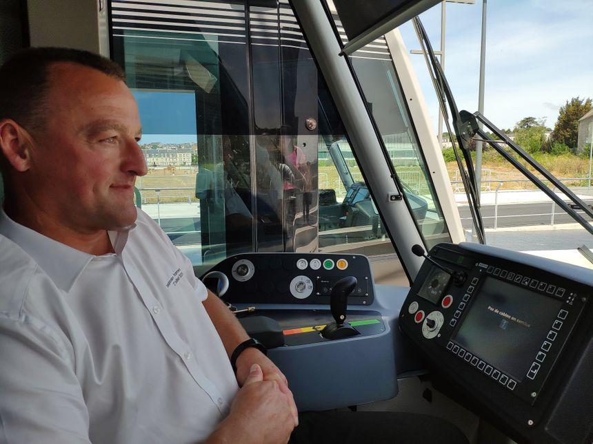 Franck Hausknost, chauffeur de la rame inaugurale