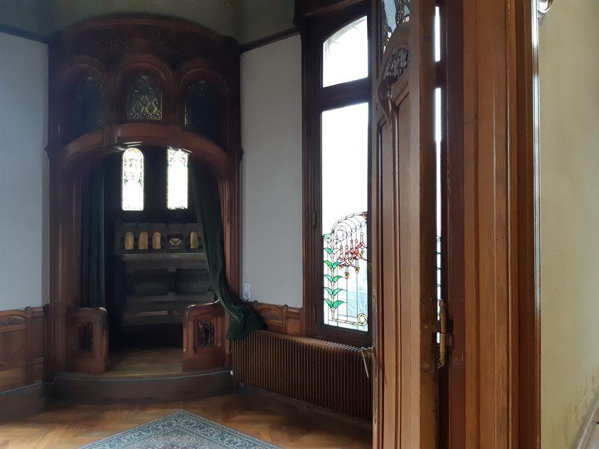Marie-Louise Bouctot-Vagniez avait fait construire cet oratoire pour pouvoir prier à l'étage