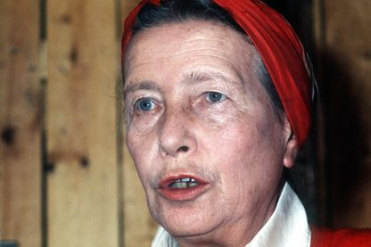 Simone de Beauvoir, 1975