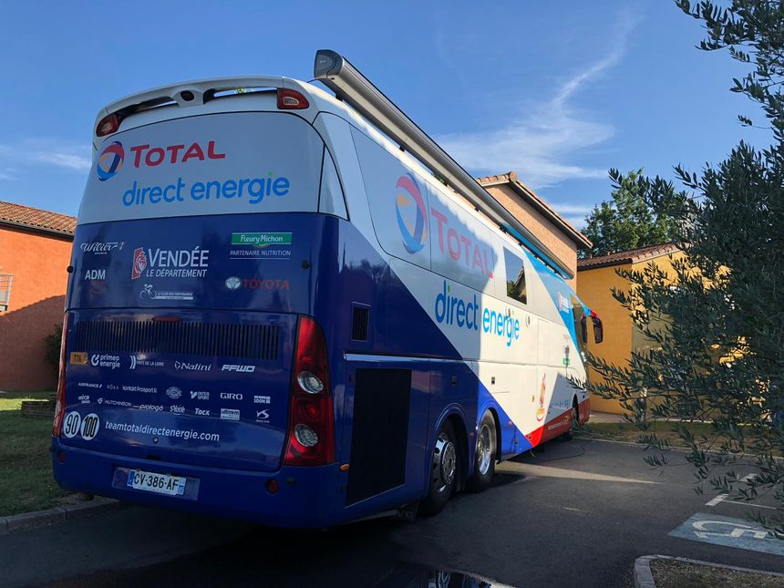 France Bleu Occitanie s'invite à l'hôtel de l'équipe Total Direct Energie.
