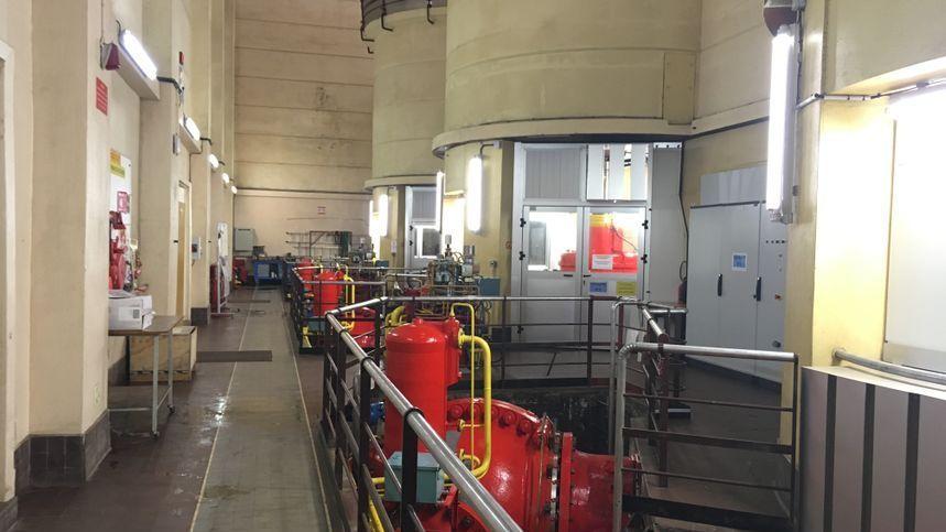 La centrale hydro-électrique du Mazet est située à 50 mètres sous terre est produit de l'électricité depuis 1951.
