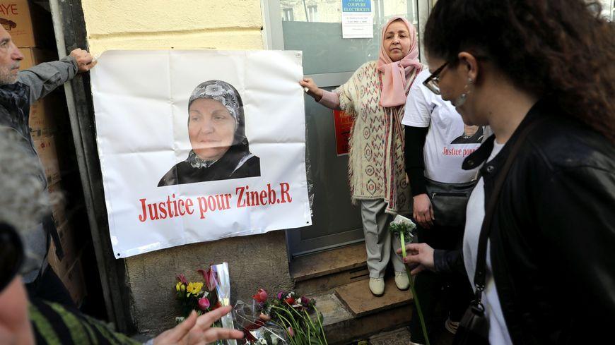 Un rassemblement à Marseille en hommage à Zineb Redouane le 2 mars dernier