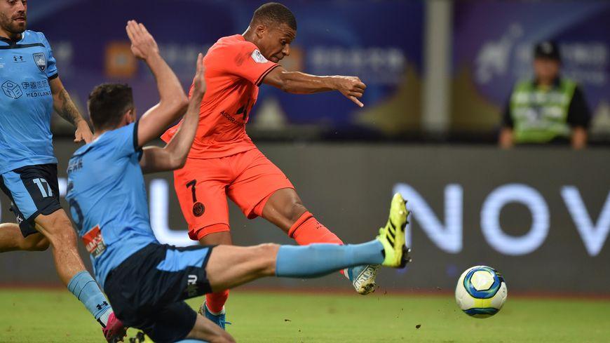 Kylian Mbappé buteur face au Sydney Fc