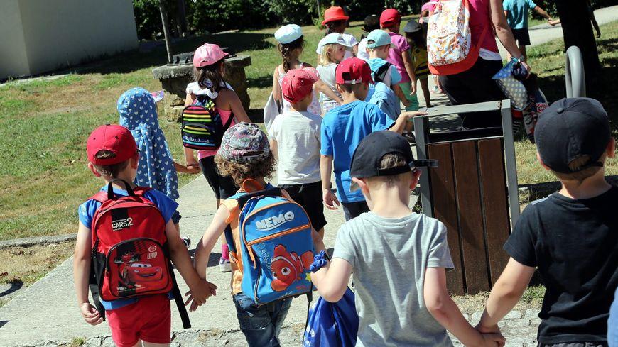 Port de la casquette obligatoire pour les enfants en colonie de vacances