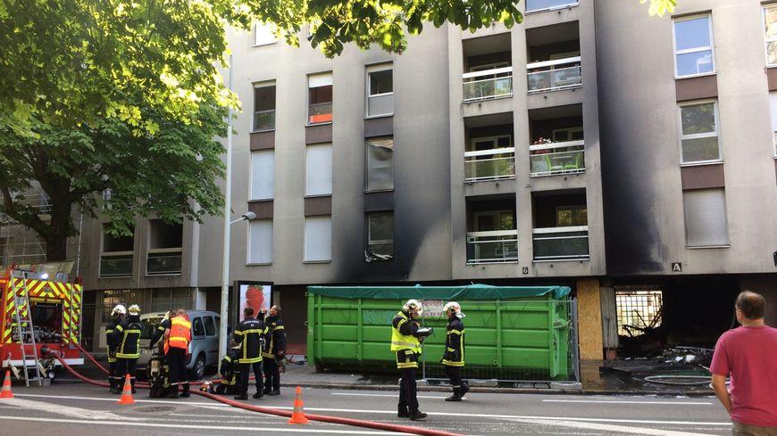 L'incendie s'est déclaré dans un appartement au 6 boulevard Carnot à Dijon.