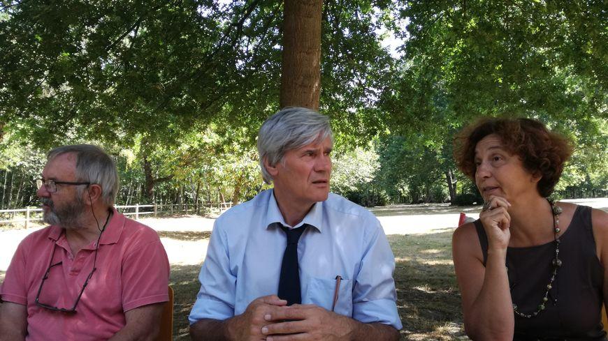 Stéphane Le Foll annonce ses mesures pour la canicule