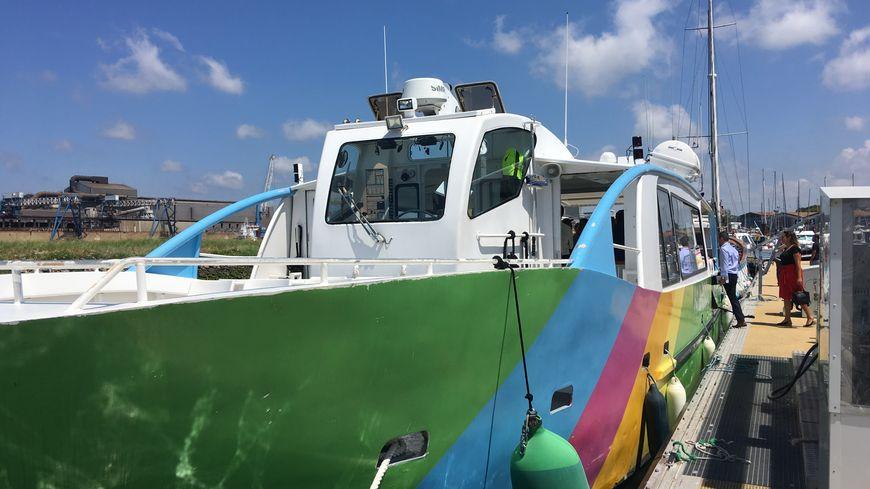 La Txalupa, le passeur fluvial sur le fleuve Adour entrera en service ce 10 août 2019, il vient s'ajouter au passeur fluvial de Saint-esprit