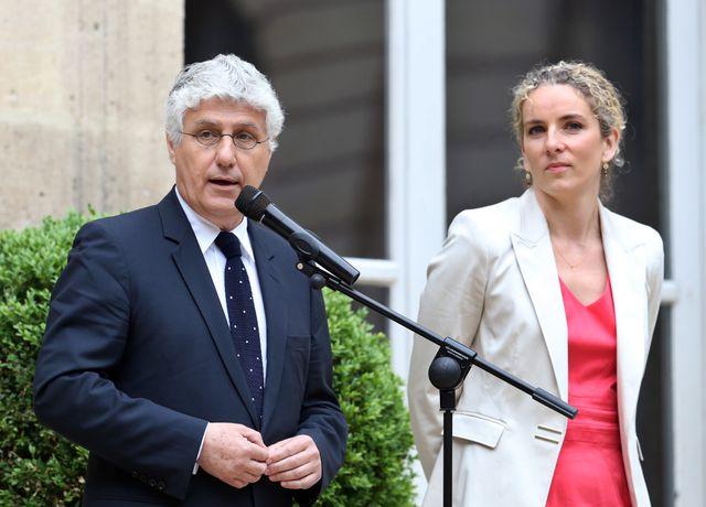 Philippe Martin et Delphine Batho lors de la passation de pouvoir le 3 juillet 2013