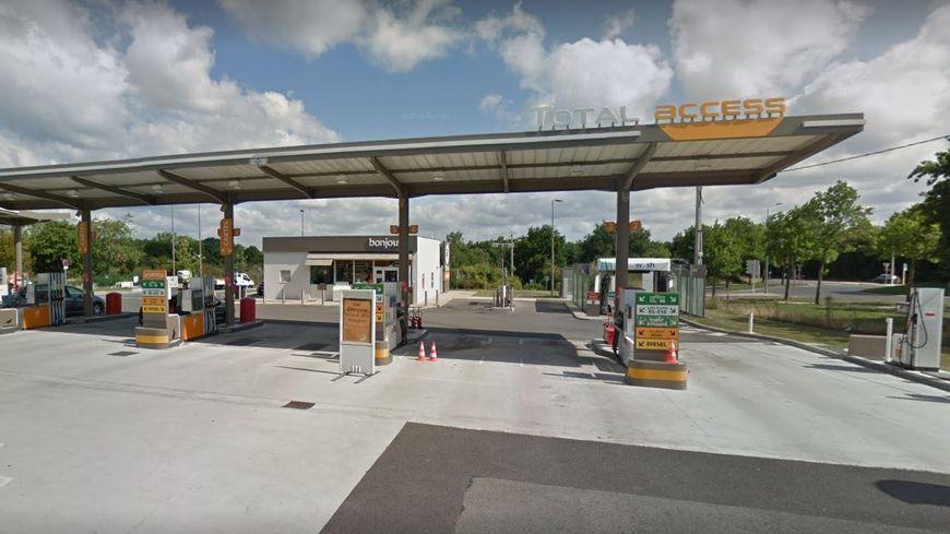 Le braquage à main armée s'est déroulé, ce mardi matin, dans une station essence de Saint-Nazaire (Loire-Atlantique).
