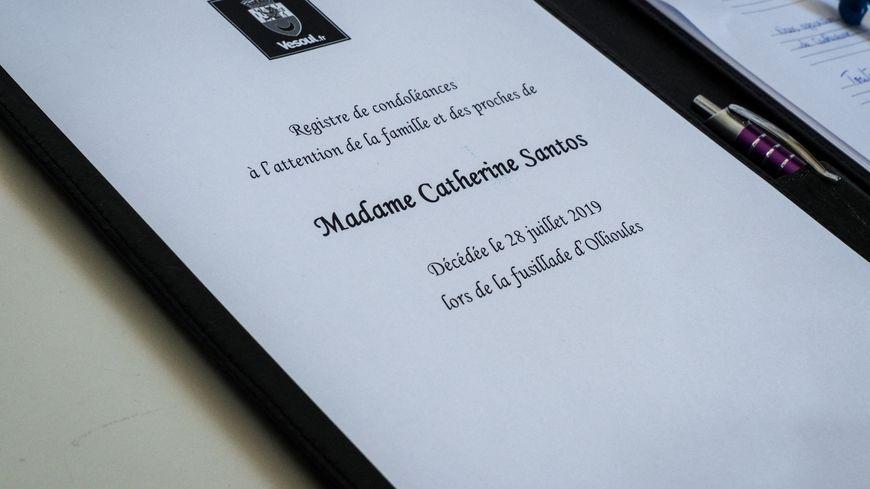 Ollioules, registre de condoléances à Vesoul pour Catherine Santos victime collatérale.