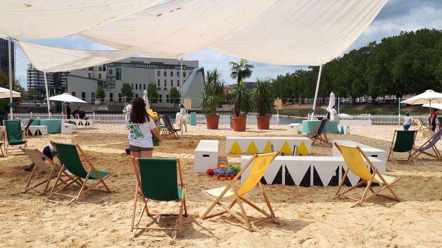 Jusqu'au 1er septembre 2019, la presqu'île Malraux à Strasbourg accueille les Docks d'été.