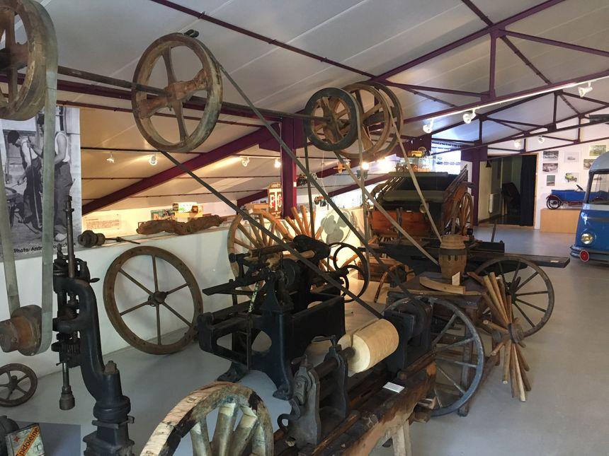 Le musée vous permet de faire connaissance avec le métier de charron, celui qui fabrique des véhicules en bois.