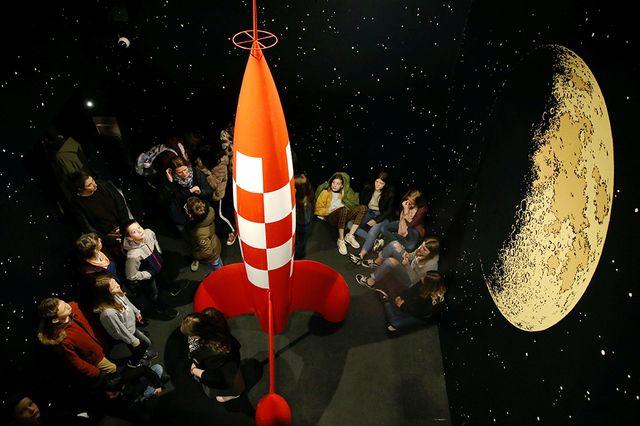 """La fusée imaginé par Hergé exposée au château de Malbrouck (Moselle) dans le cadre de l'exposition """"Hergé : une vie, une œuvre"""" jusqu'au 30 novembre 2019"""