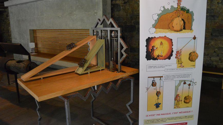 Vue sur un mécanisme présent dans l'exposition