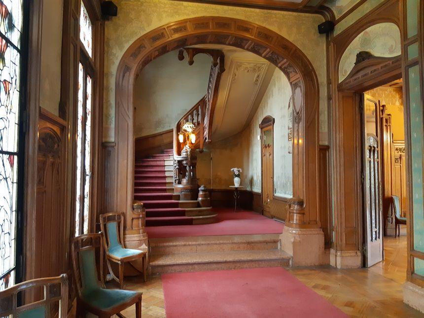 Cet escalier mène aux anciens appartements du couple
