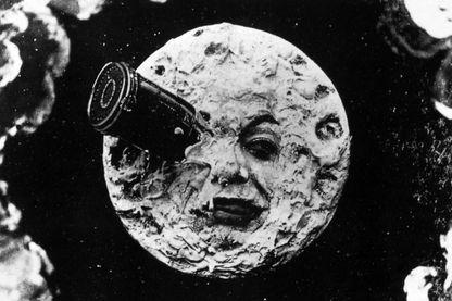 L'aventure lunaire de Jules Verne.