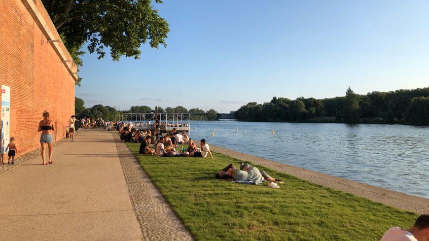 38,5 degrés relevés à Toulouse-Blagnac ce mardi 23 juillet après-midi, très chaud mais aucun record battu.