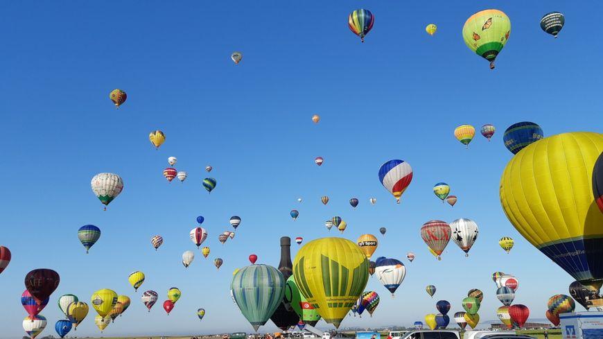 Un spectacle magnifique tôt ce lundi matin sur l'aérodrome de Chambley