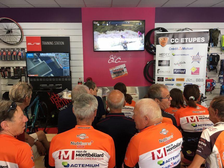 Les membres du CC Etupes s'étaient réunis dans un magasin de vélo à Mathay