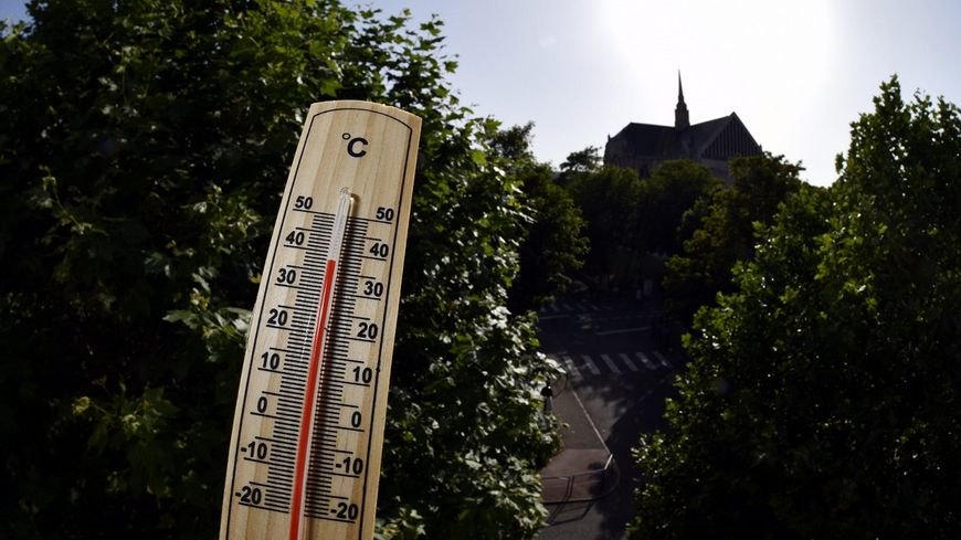 Entre 38 et 40 degrés sont attendus cette semaine, pour un nouvel épisode caniculaire sur tout le pays. Mais ces chiffres, au fait, que veulent-ils dire ?