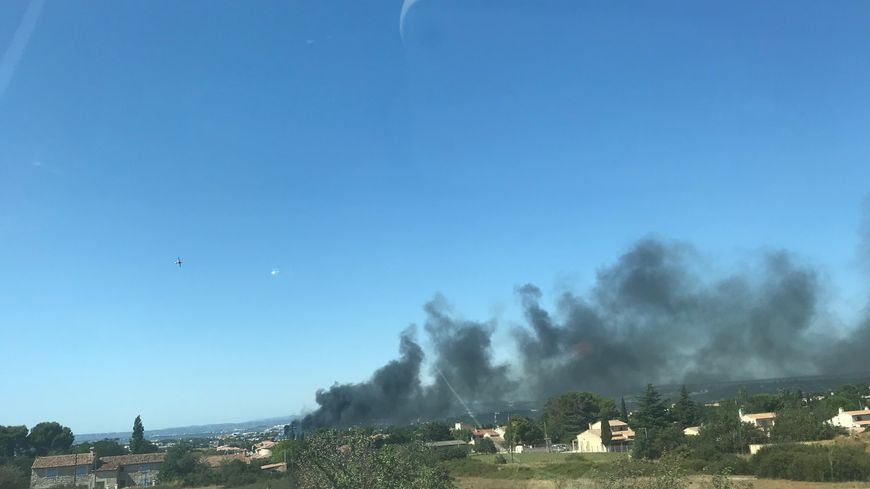 Un feu d'entrepôt à Marignane