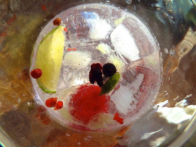 L'eau gazeuse et les boissons aromatisées, sont conseillées