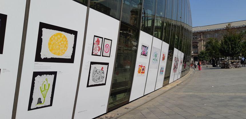 Des artistes syriennes réfugiées en Turquie exposent à Strasbourg