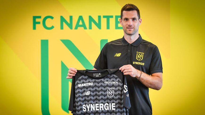 L'ancien gardien de but guingampais, Denis Petric, a signé un contrat de deux ans avec le FC Nantes.