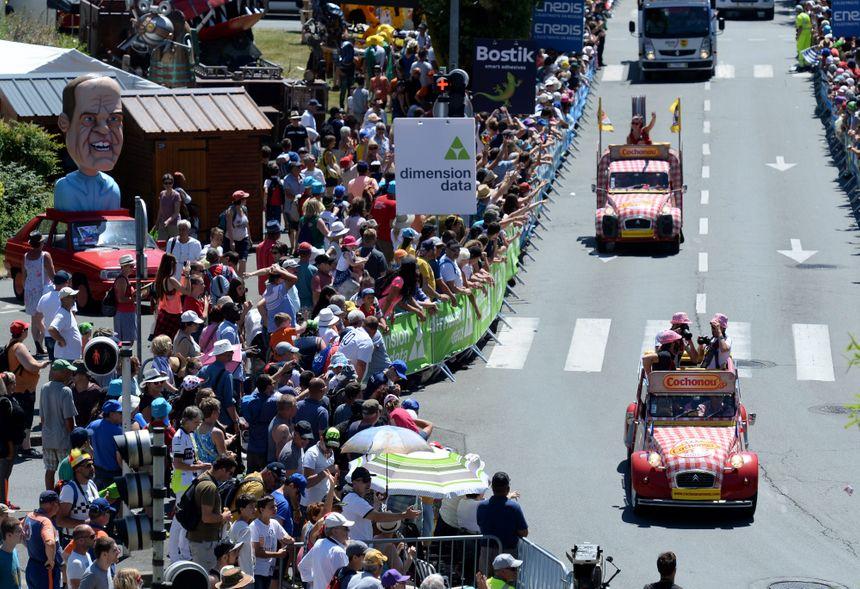 La caravane publicitaire du Tour de France compte cette année 160 véhicules.