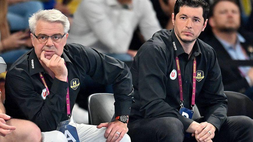 Thierry Anti (à gauche) sera remplacé par son adjoint, Alberto Entrerrios, comme entraîneur du HBC Nantes
