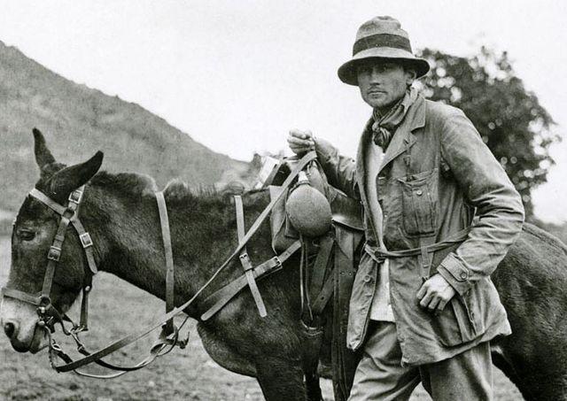 L'aventurier et archéologue Hiram Bingham découvre en 1911 la citadelle inca du Machu Picchu