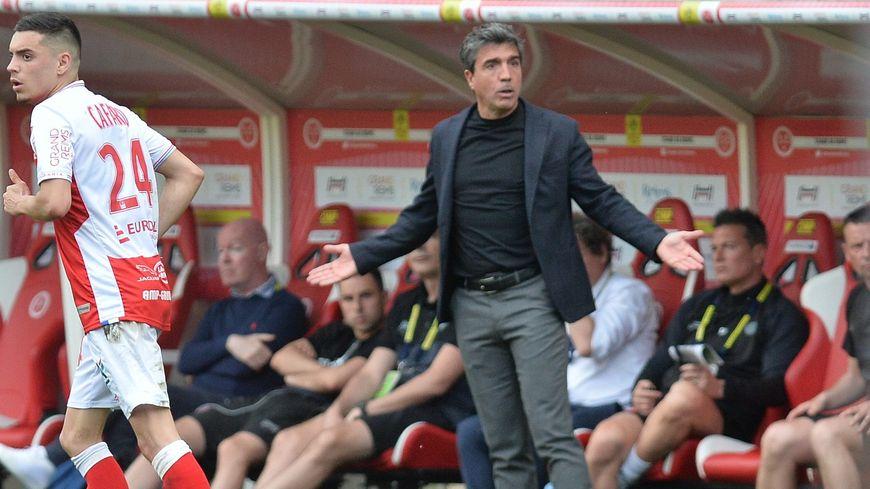 L'entraîneur rémois David Guion espère que des renforts arriveront dans les prochains jours.