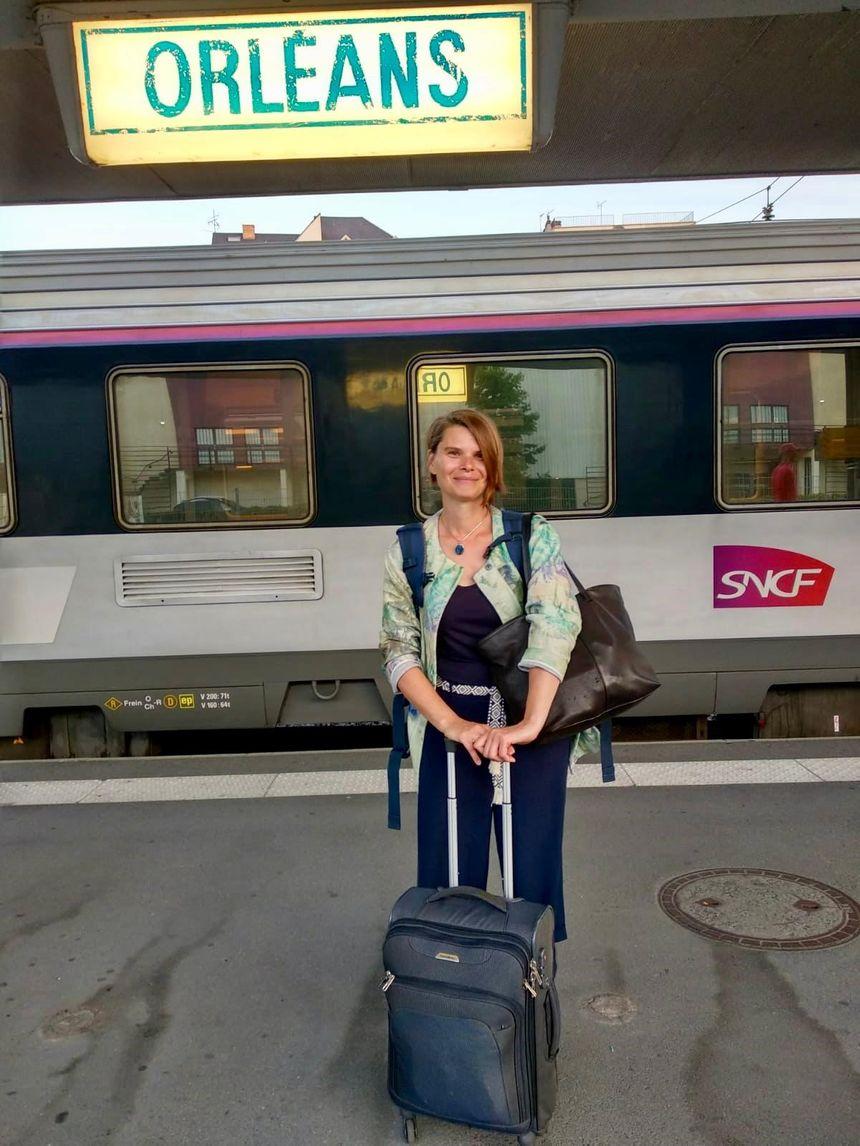 Anna en gare d'Orléans