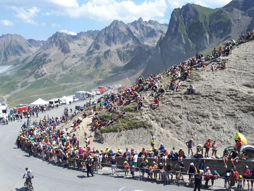 Etape avec vue pour suivre l'arrivée des coureurs du Tour