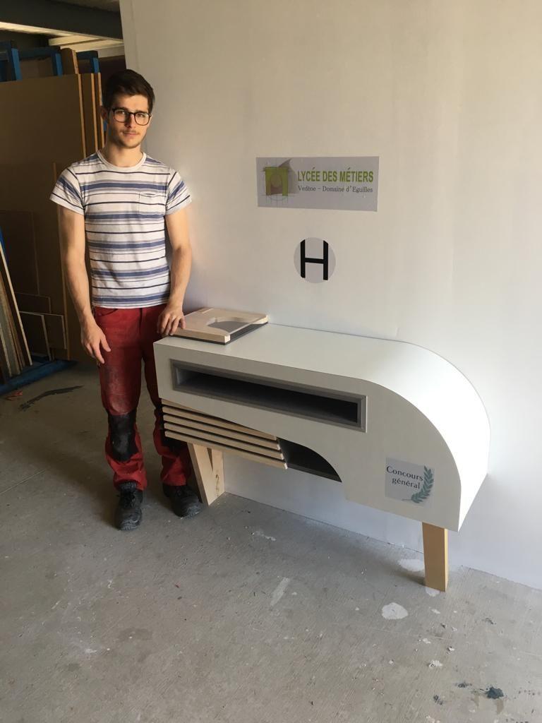 Tanguy Charlin avait 24 heures pour fabriquer cette console