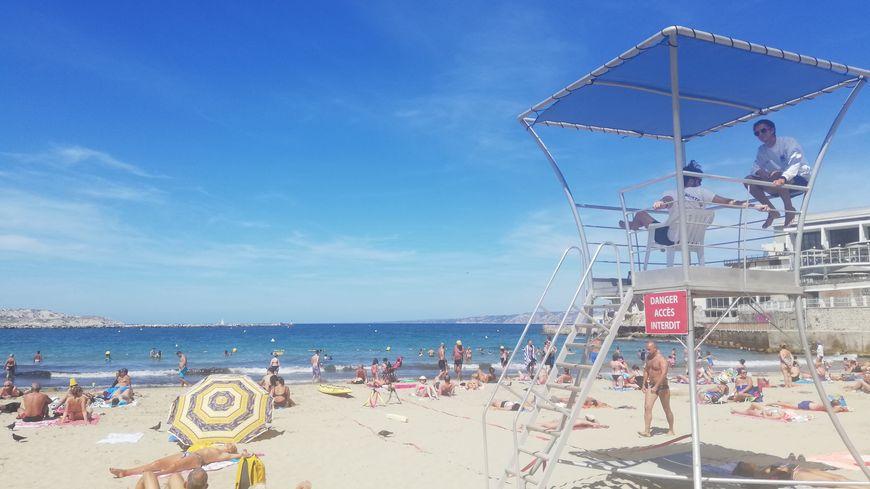 Le poste de surveillance de la plage des Catalans à Marseille