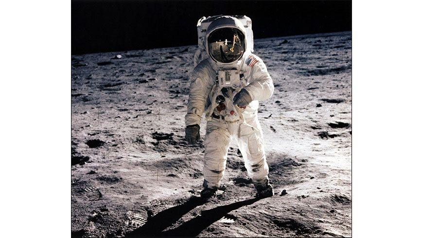 Buzz Aldrin marchant sur la lune en juillet 1969 lors de lors de la mission Apollo 11