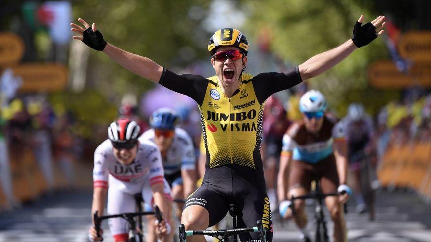 Le Belge Wout van Aert remporte la 10e étape du Tour de France 2019 à Albi.