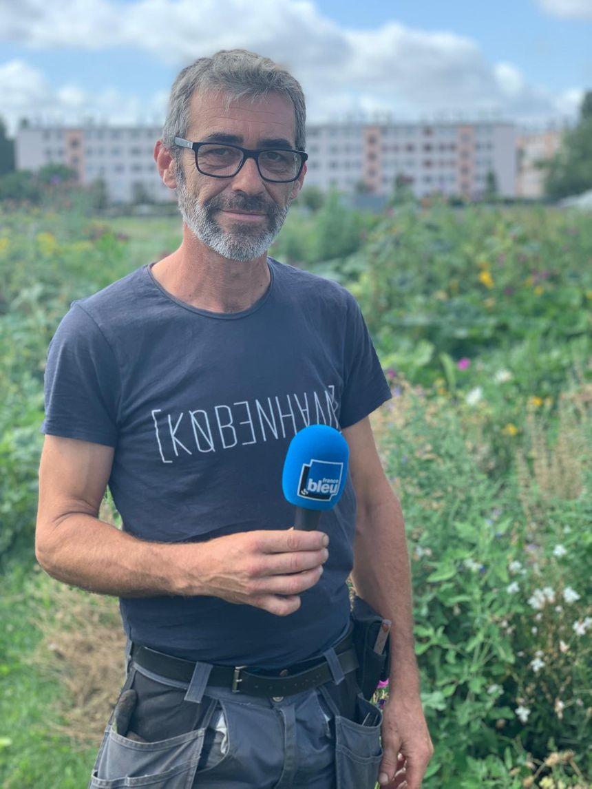 Franck Ponthier, le couteau suisse du Parti Poétique