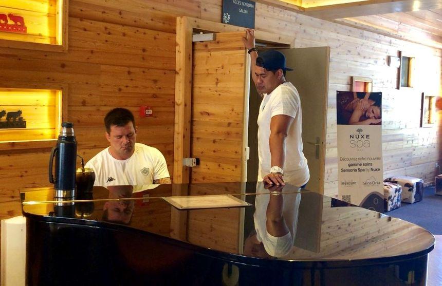 Capo Ortega et Tulou nous jouent la Lettre à Elise.