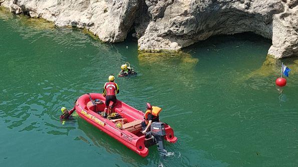 Des plongeurs et sapeurs pompiers ont retrouvé le corps de l'homme de 21 ans dans les profondeurs du fleuve Hérault