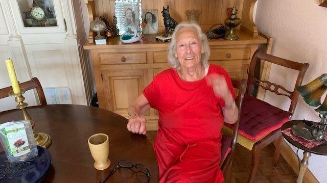 Philomène, 97 ans, habite à Drancy