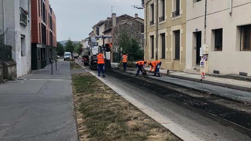Les travaux de nuit sur la rue Ampère doivent durer encore 2 jours.