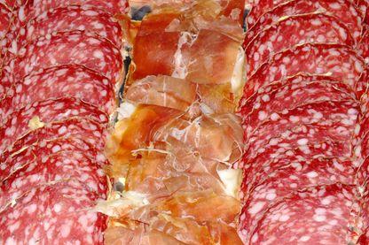Saucisson, jambon de pays,... Stars des assiettes à l'heure de l'apéritf comme de l'industrie agro-alimentaire