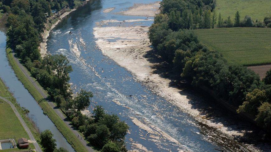 La Dordogne, un jour de sécheresse